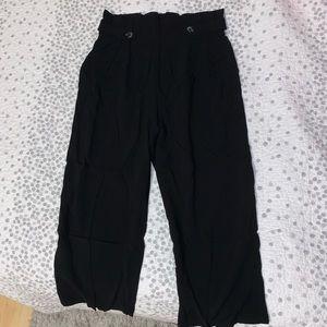 wide leg capri length pants